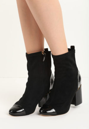 Botine Sherry Negre pentru femei elegante si pline de stil