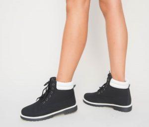 Ghete ieftine negre stilate si comode pentru femei, ideale pentru tinute cochete Peseve