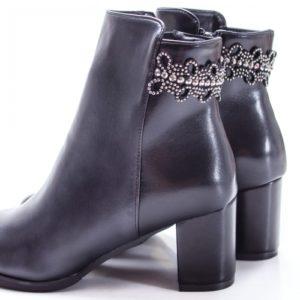 Botine Cossani negre cu toc foarte elegante si comode pentru femei