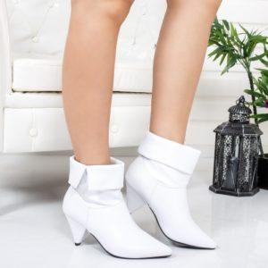 Botine Croci albe toc mic foarte elegante si comode pentru femei