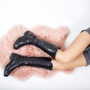 Cizme elegante negre imblanite de iarna realizate din piele ecologica prevazute cu catarame Cunningham