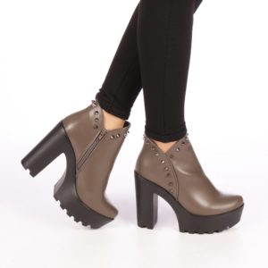 Botine ieftine de primavara kaki cu toc gros si platforma accesorizate cu fermoar si strassuri pe lateral Ramita