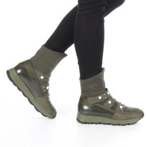 Cizme ieftine verzi de dama Anula in stil sport mulate pe picior decorate cu elastic si perle