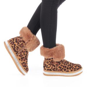 Cizme de dama casual fara toc cu imprimeu imitatie piele de leopard Robica decorate cu blana